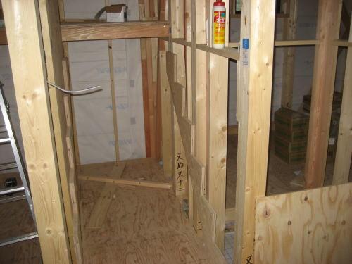1~2F階段取り付け工事