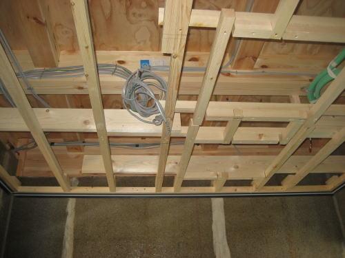 浴室天井下地工事