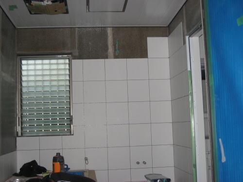 浴室タイル貼り工事
