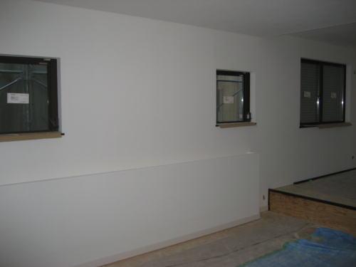 2F寝室壁クロス貼り工事
