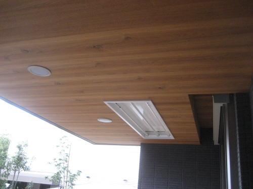 浴室前軒天井